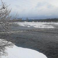 спуск к реке :: Михаил Жуковский