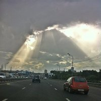 Небесный  свет  над городом ! :: Виталий Селиванов