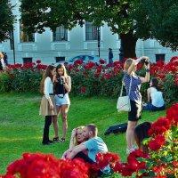 Летний вечер в Исаакиевском садике... :: Sergey Gordoff