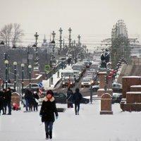 В Петербурге - снег... :: Ирина Румянцева