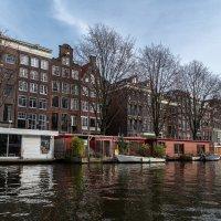 Дома на воде в Амстердаме :: Witalij Loewin