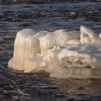 ледяные наросты :: Михаил Жуковский