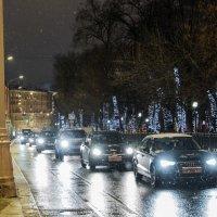 Прогулка по ночной Москве. :: Владимир Безбородов