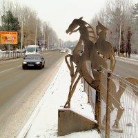 Конь в городе :: Юрий Гайворонский