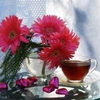 Ромашки, подаренные просто так, скажут гораздо больше, чем букет роз, подаренный в День рождения. :: Лара Гамильтон