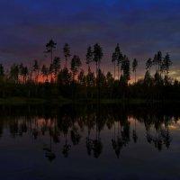Прекрасный закат на озере Саркоярви. :: Владимир Ильич Батарин