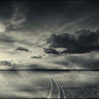 По льду :: Виктор Сосунов