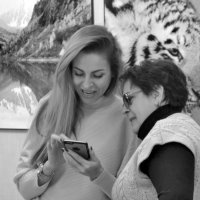 Ну и как мы сами себе, нравимся?     О, Да! С кошками - особенно! :: Николай Ярёменко