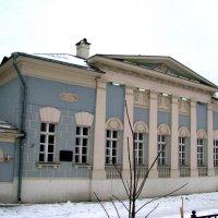 Городская усадьба 19 века. :: Владимир Драгунский
