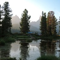 Стоянка возле озера Светлое :: Сергей Карцев