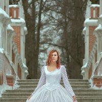 The Girl in White. :: Сергей Гутерман