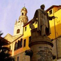 Памятник-фонтан в Сан Ремо :: Лара Амелина