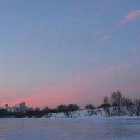 Морозный закат над Москвой-рекой :: Ольга Разенкова
