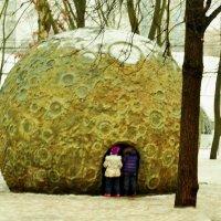 Писающие на луну :: Владимир Болдырев