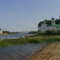 Стрелка рек Мирожи (справа) и Великой :: Виктор Мухин