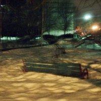 Утонула лавочка в снегу. :: Ольга Кривых