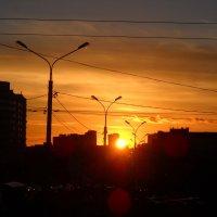 в городе закат :: Александр Попков