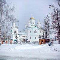 Храм зимой :: Вячеслав Баширов