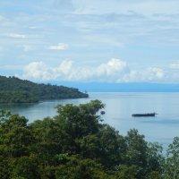Остров Ко Куд. Вид на Сиамский залив из горных джунглей. :: Лариса (Phinikia) Двойникова