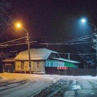 Ночная улочка :: Сергей Тарабара