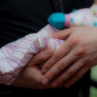 Папины руки,защита на всю жизнь :: Ольга Осипова