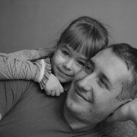 папа и дочка :: Виктория Доманская