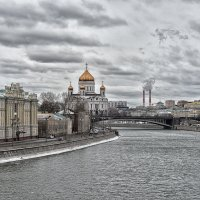 Февраль. Москва и Храм Христа, и город, и река. :: Alexsei Melnikov