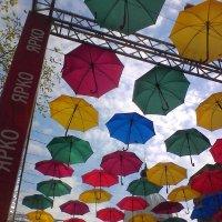 Навес из зонтиков :: Svetlana Lyaxovich