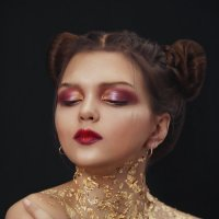 - :: Елена Неведицына
