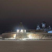 Вид со святого озера. Соловецкий монастырь. Февраль 2017г. :: Елена Решетникова