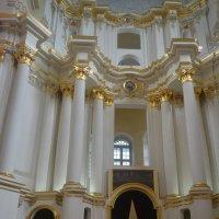 Древние стены Софийского Собора.Полоцк :: Светлана Ларионова