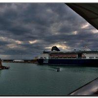 Вечер в порту Ливорно. :: Leonid Korenfeld