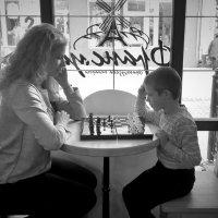 Мама и сын :: Сергей Форос