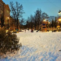 Вечер в городе... :: Sergey Gordoff