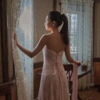 Near the window :: Sergey Oslopov