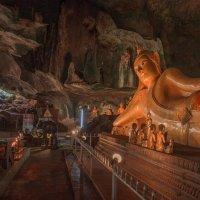 Wat Suwan Khuha :: liudmila drake