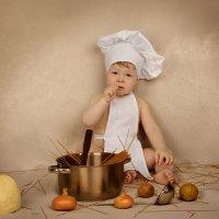 Я очень хороший повар… Могу навешать лапшу… Заварить кашу… Подлить масло… :: Милада Шестопалова