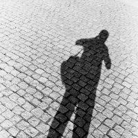 Автопортрет на брусчатке Потсдама :: Игорь Пилатович