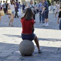 Девочка на шаре :: Николай Танаев