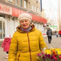 Продавец цветов :: Ирина Холодная