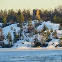 Башня Тура на о.Коркеасаари (о. Верхолаз) :: Светлана