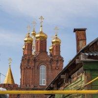 Купола в России кроют чистым золотом - чтобы чаще Господь замечал... :: Павел Кореньков
