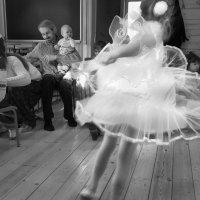 То ли девочка, то ли виденье ... :: Алексей Окунеев