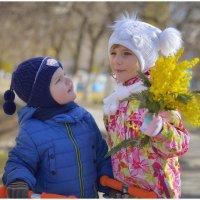 Особый день....! Когда взгляд и внимание мужчин особенно прикован к женщинам. :: Антон Сологубов
