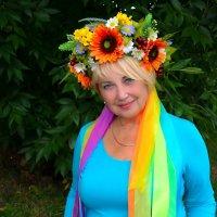 С праздником, милые женщины! :: Валентина Данилова