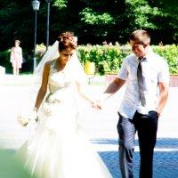 прогулка по парку свадебная :: Егор Чеботаренко