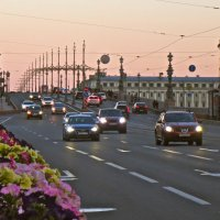 летний вечер у Троицкого моста :: Елена