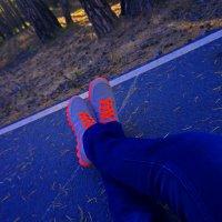 Ноги на Асфальте :: Кристин Мин