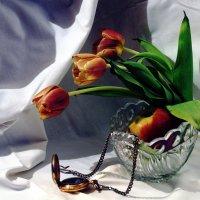 Натюрморт с тюльпанами :: Алексей Подрезов