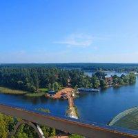 Вид сверху на озеро Селигер и купола храмов Нило-Столобенского монастыря :: Алексей Ларионов